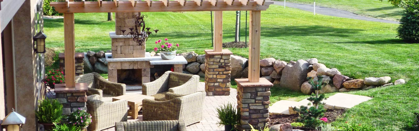 Retaining Wall Block Des Moines : Landscaping design services for des moines earthly possibilities