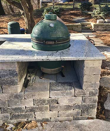 Outdoor Kitchen in West Des Moines | Earthly Possibilities ...