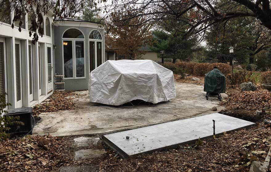outdoor kitchen concrete foundation